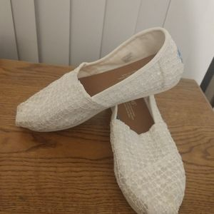 Tom's lace n Fabric Shoes Women's 6